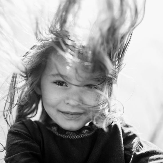 Focení dětí v černobílé v parku 4