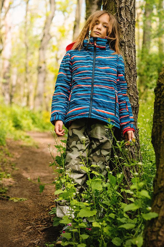 fotografování dětí v přírodě s kytičkami 2