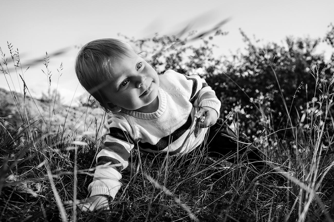 rodinné focení v nádherné přírodě v Praze s ročním dítětem 1